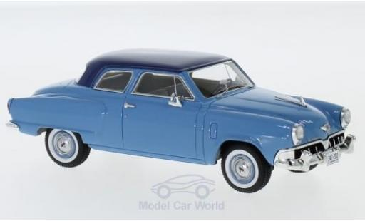 Studebaker Champion 1/43 Neo Custom 2-door Sedan bleue/bleue 1952 miniature