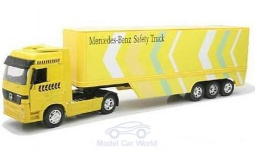 Mercedes Actros 1/32 New Ray 1857 yellow mit Kastenauflieger diecast model cars