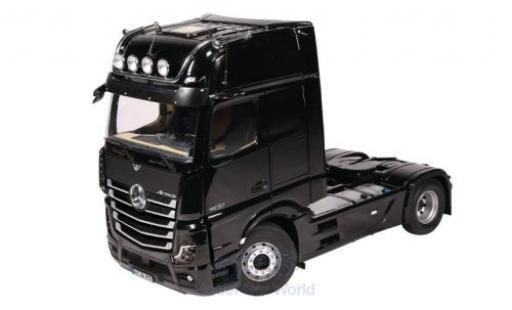Mercedes Actros 1/18 NZG GigaSpace 4X2 negro 2018 miniatura