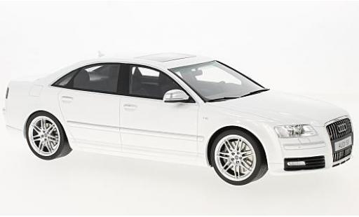 Audi S8 1/18 Ottomobile D3 white 2008 diecast model cars