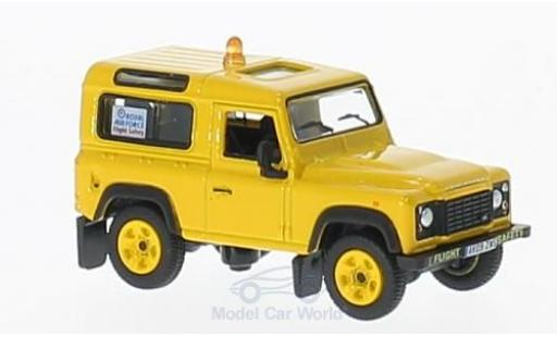 Land Rover Defender 1/76 Oxford 90 RAF Flight Safety miniature