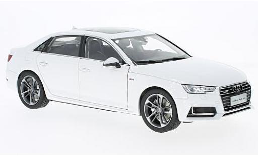 Audi A4 1/18 Paudi L blanche 2017 sans Vitrine miniature