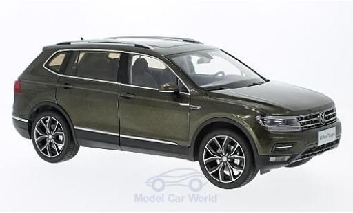 Volkswagen Tiguan 1/18 Paudi L metallise marron ohne Vitrine miniature