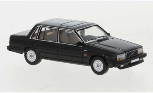 Volvo 740 1/87 PCX87 noire 1984 miniature