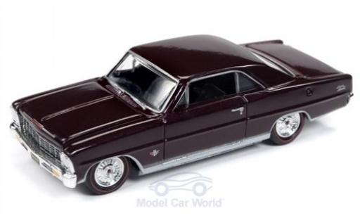 Chevrolet Nova 1/64 Racing Champions Mint SS rouge 1966 miniature
