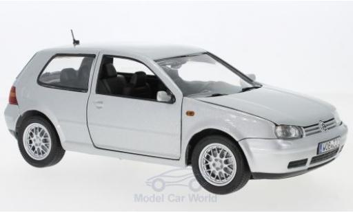 Volkswagen Golf V 1/18 Revell I grey 1997 diecast model cars