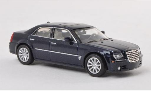 Chrysler 300C 1/87 Ricko SRT8 metallise bleue miniature