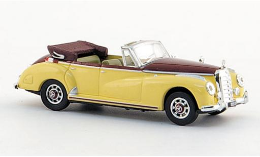 Mercedes 300 1/87 Ricko C Cabriolet beige/red 1955 diecast model cars