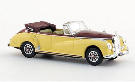 Mercedes 300 1/87 Ricko C Cabriolet beige/rosso 1955 modellino in miniatura