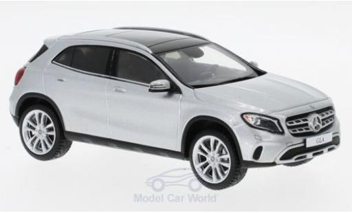 Mercedes Classe GLA 1/43 Spark GLA 250 gris 2017 miniatura
