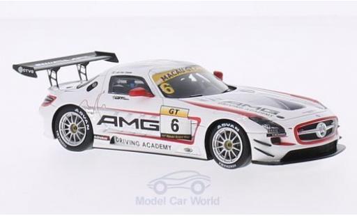 Mercedes SLS 1/43 Spark AMG GT3 No.6 GT Cup GP Macau 2014 R.van der Zande miniature