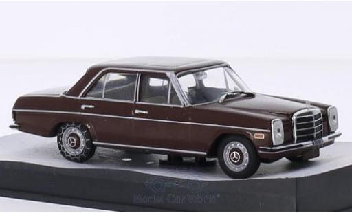 Mercedes 200 1/43 SpecialC 007 D/8 (W114) marron James Bond 007 In tödlicher Mission ohne Vitrine miniature