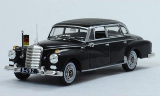 Mercedes 300 1/43 SpecialC 115 d noire 1957 ohne Vitrine miniature