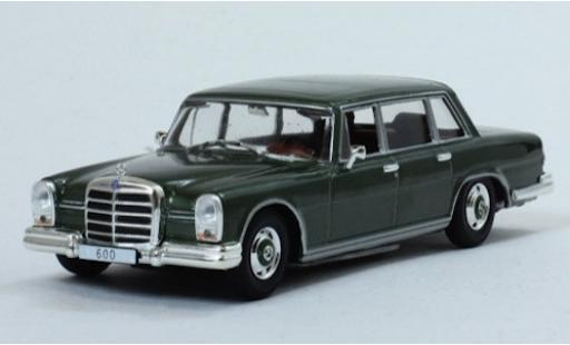 Mercedes 600 1/43 SpecialC 115 metallise green 1964 ohne Vitrine diecast model cars
