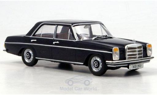 Mercedes 200 1/43 SpecialC 16 /8 (W115) bleue 1968 ohne Vitrine miniature