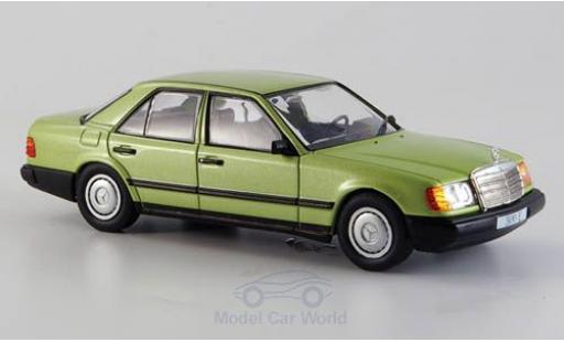 Mercedes 300 1/43 SpecialC 16 E (W124) métallisé verte 1984 ohne Vitrine miniature