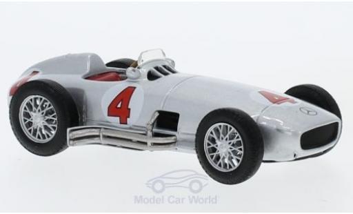 Mercedes W 196 1/43 SpecialC 16 R No.4 Formel 1 1954 ohne Vitrine diecast model cars