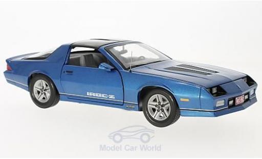 Chevrolet Camaro 1/18 Sun Star IROC-Z metallic-bleue 1985 miniature