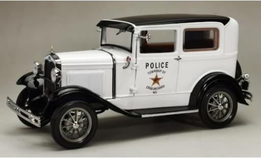 Ford Model A 1/18 Sun Star Tudor blanche/noire West Virginia Police 1931 miniature