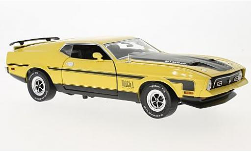 Ford Mustang 1/18 Sun Star Mach I yellow/black 1971 diecast model cars