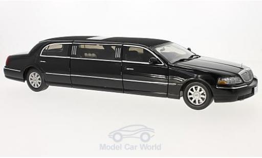 Lincoln Town Car 1/18 Sun Star Limousine noire 2003 miniature