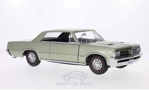Pontiac GTO 1/18 Sun Star métallisé verte 1964 miniature