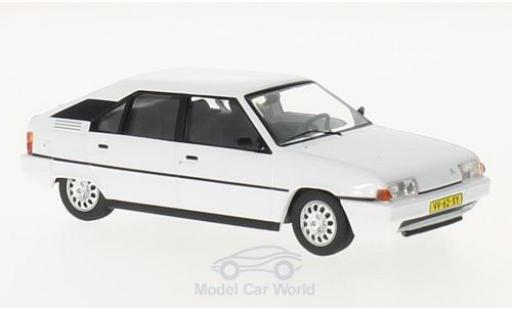 Citroen BX 1/43 Triple 9 Collection 16 TRS blanche 1983 miniature