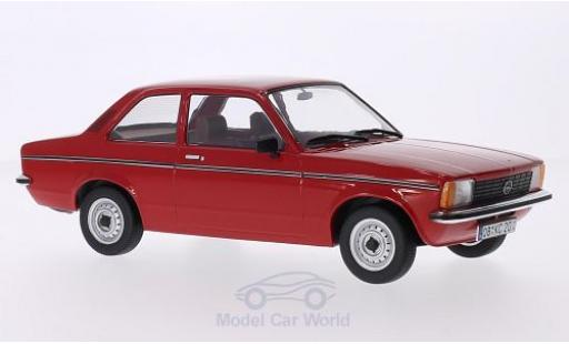 Opel Kadett E 1/18 Triple 9 Collection C Limousine rouge 2-Türer miniature