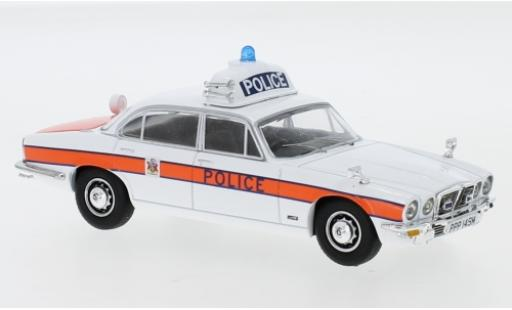 Jaguar XJ 1/43 Vanguards 6 Series II 4.2 RHD Thames Valley Police miniature
