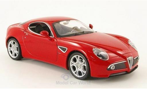 Alfa Romeo 8C 1/24 Welly Competizione rouge ohne Vitrine miniature