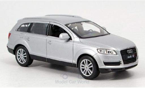 Audi Q7 1/24 Welly grise miniature