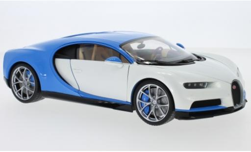 Bugatti Chiron 1/18 Welly white/blue 2016 diecast
