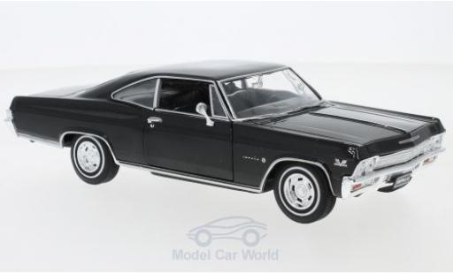 Chevrolet Impala 1/24 Welly SS 396 black 1965 diecast model cars