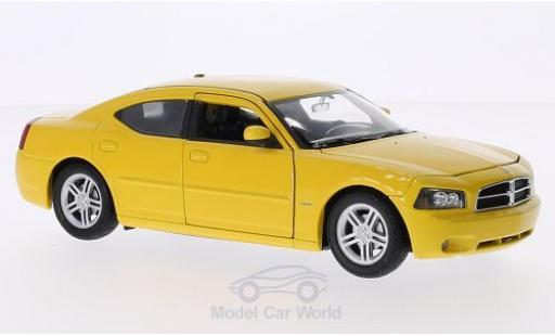 Dodge Charger 2006 1/24 Welly R/T jaune 2006 miniature