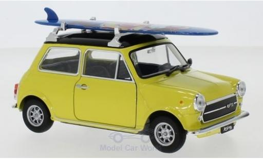 Mini Cooper 1/24 Welly 1300 jaune/noire 1974 Surfboard miniature