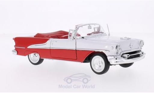 Oldsmobile Super 88 1/24 Welly Convertible rouge/blanche 1955 miniature