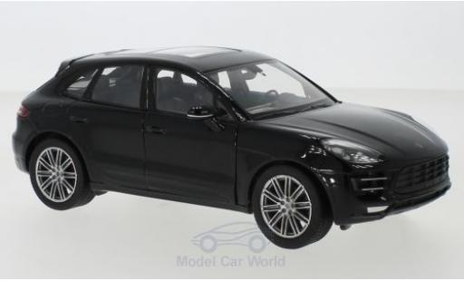 Porsche Macan Turbo 1/24 Welly noire miniature