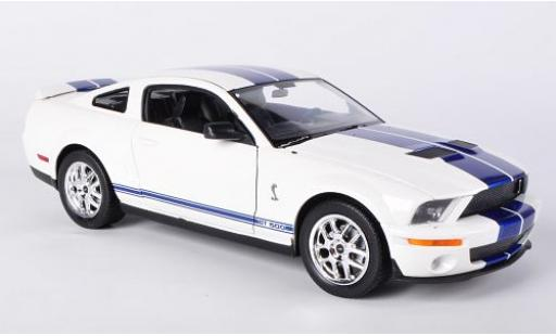 Shelby Cobra 1/24 Welly GT500 blanche/bleue 2007 sans Vitrine miniature
