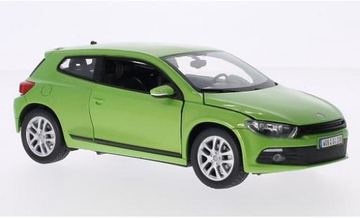 Volkswagen Scirocco 1/24 Welly III metallise green diecast model cars