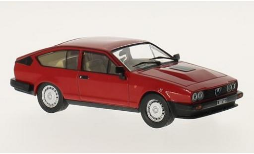 Alfa Romeo GT 1/43 WhiteBox V6 2.5 red 1980 diecast model cars