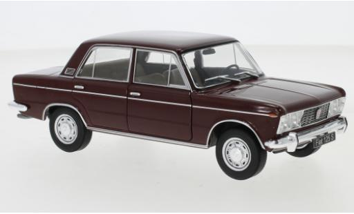 Fiat 125 1/24 WhiteBox Special rouge miniature