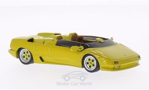 Lamborghini Diablo 1/43 WhiteBox Roadster Prougeotyp jaune 1992 miniature