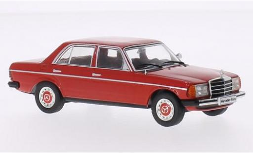 Mercedes 200 1/43 WhiteBox D (W123) rouge 1976 miniature
