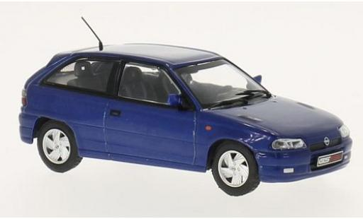 Opel Astra 1/43 WhiteBox F GSi metallise bleue 1992 miniature